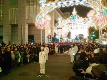 神戸ルミナリエ消灯式の様子